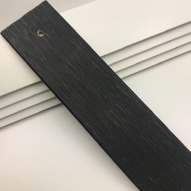 0921_Nol-hout-nerf-zwart